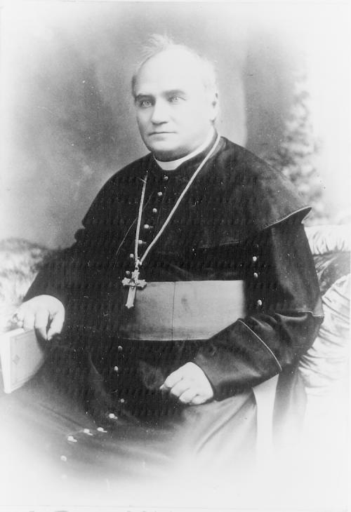 Taché, Père Alexandre Antonin Tache,%20c.1890%20-%20Archives%20of%20Manitoba%20N3959,%20our%20photo%20no
